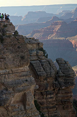 AZ: Northern Arizona Region, Coconino County, Grand Canyon Area, Grand Canyon National Park, South Rim, Mather Point, Canyon view; overlook [Ask for #275.061.]